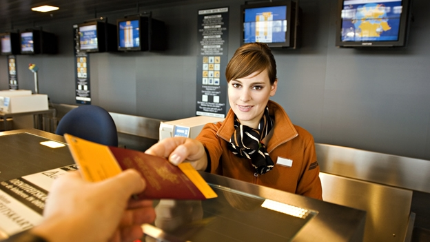 aeropuerto-mostrador-boletos-vuelo