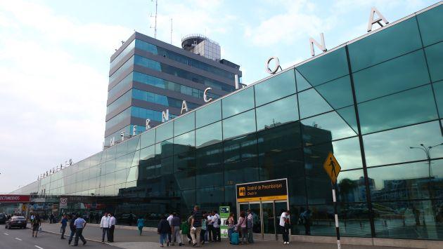 Aeropuerto Jorge chavez 50 años