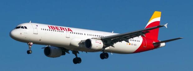 EC-JEJ_A321_Iberia_BCN