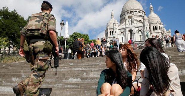 Turistas en terrorismo francia