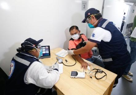 Atencion pacientes coronavirus en aeropuerto jorge chavez